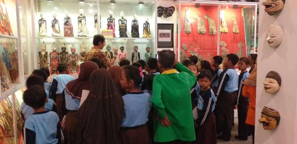 Kunjungan SDN Balongmojo Puri