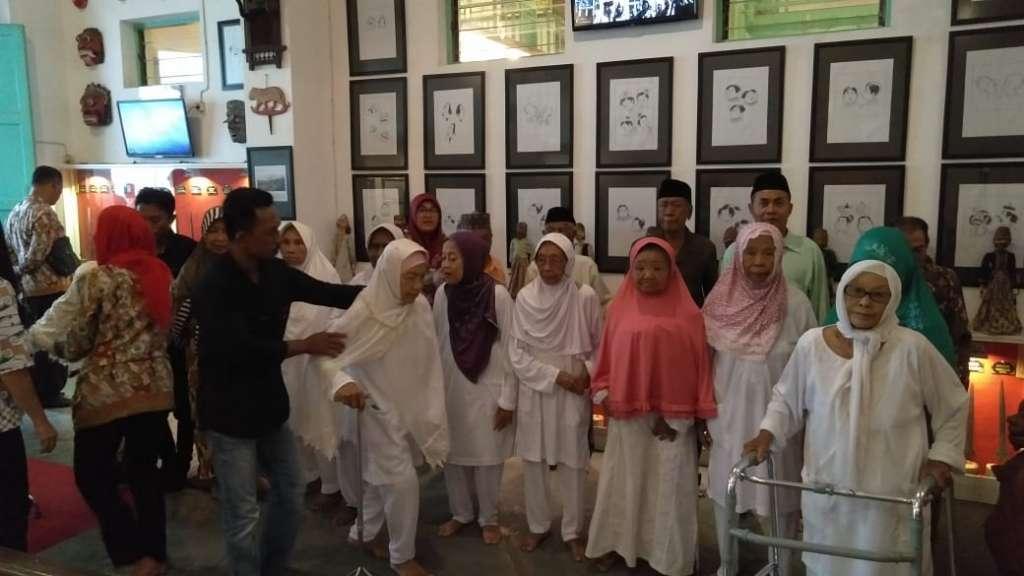 Kunjungan Lansia Jompo PMKS Mojopahit (3)