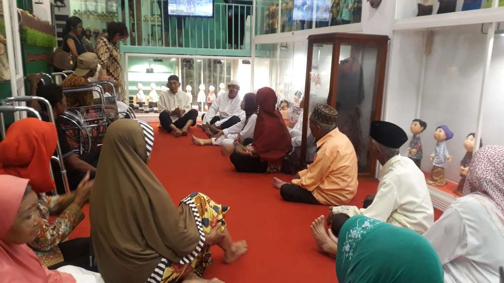 Kunjungan Lansia Jompo PMKS Mojopahit (5)