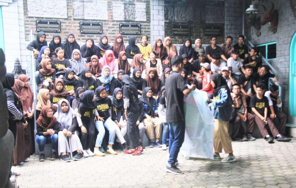 SMAN 21 Kota Surabaya (2)